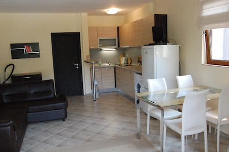 2-комнатная квартира в Созополе - Burgas - Lägenhet