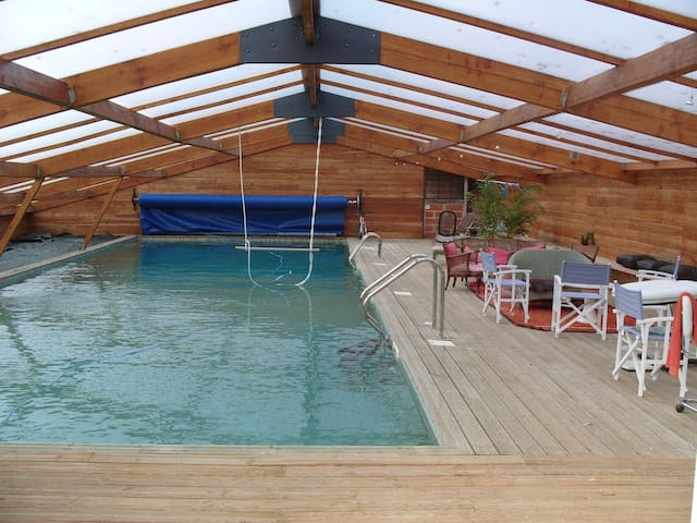 Loft rural, 6/7 chambres à Lignières