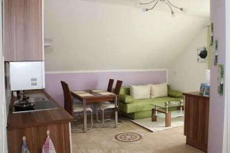 80qm Nice Apartment Moorenweis - Moorenweis