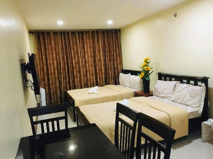 Condo in Megatower near SM, Burnham & Nightmarket
