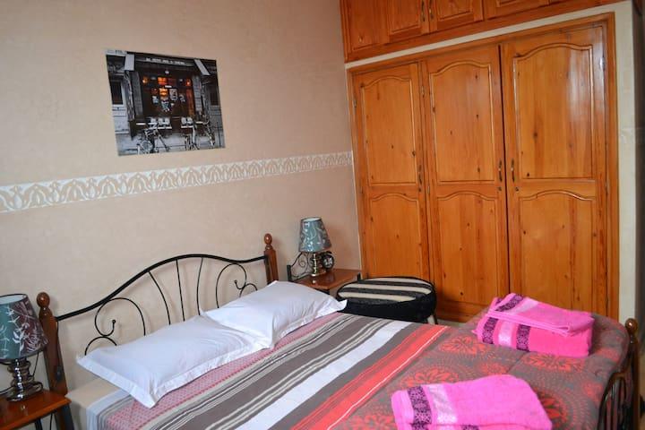 Chambre d'hôtes pour 2 adultes - Essaouira - Byt