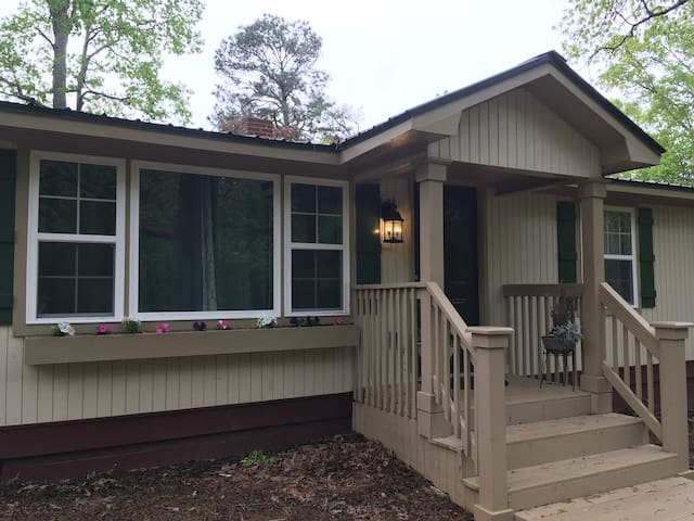 Classic Kennesaw Charm with Modern Convenience