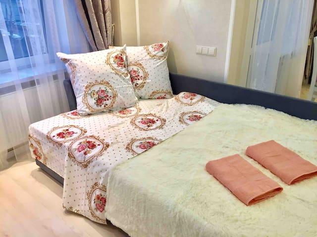 Светлая и стильная квартира. Спальных мест  2+1