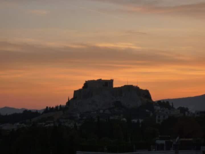 Studio with Acropolis view