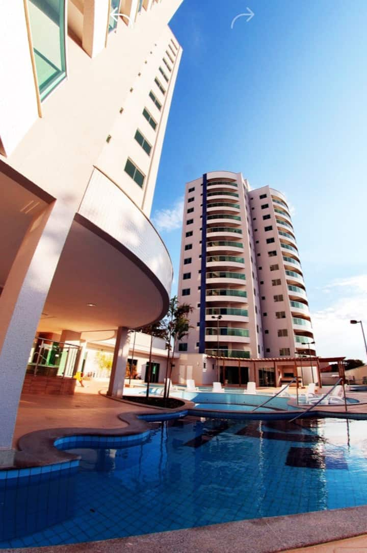 Beautiful flat with balcony and lei
