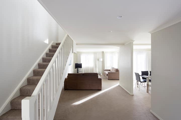 Three Bedroom Apartment in Kingston