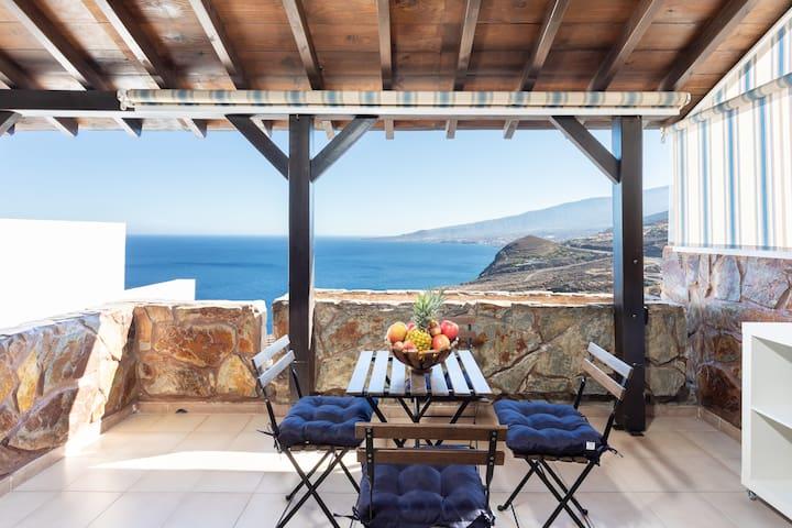 HomeLike Villa Maruja Ocean View & Wifi