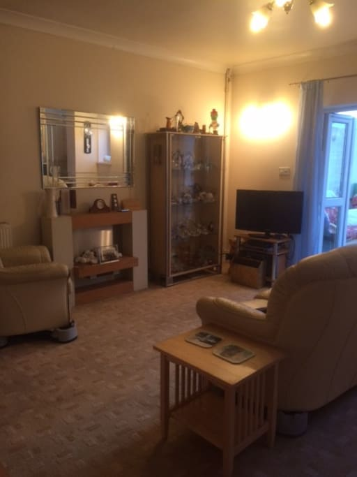 Large lounge with cable tv and  dvd player