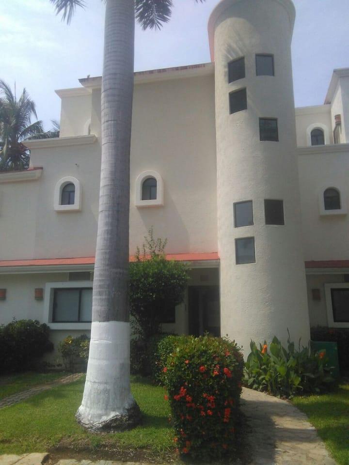Hermosa Villa en Acapulco Diamante