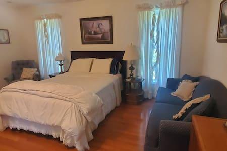 Guest room in Paradise (Casa Blanca)