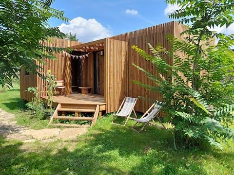 tinyhouse 30m2 dans grand jardin chargé d'histoire