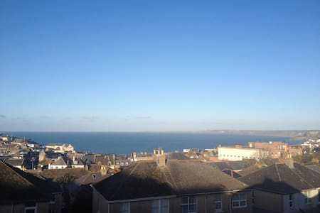 The Crows Nest - Double Room - Newquay