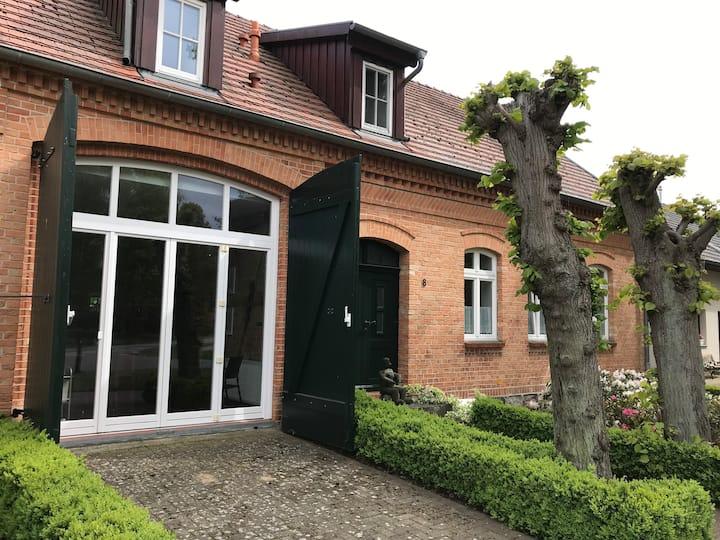 Lindenhof Vipperow Wohnung 1 am Giebel, mit Diele