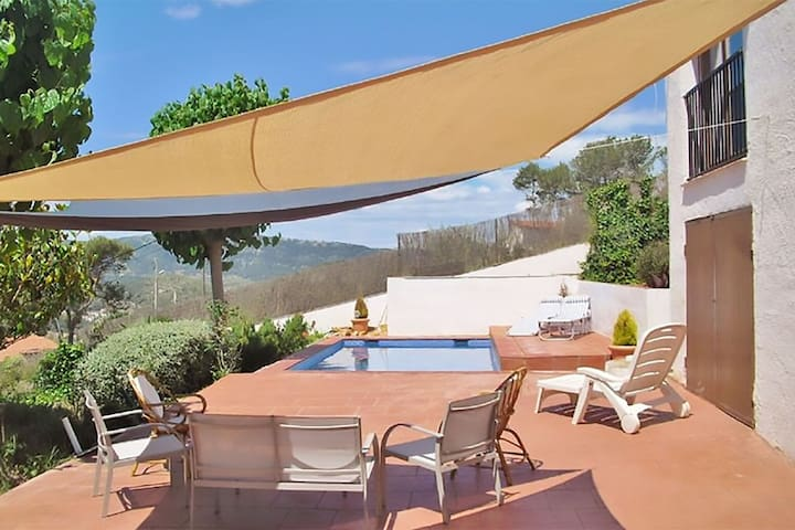Welcoming Villa in Olivella with Swimming Pool