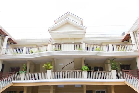 SHORE EINOUUGH - Saligao - Appartement