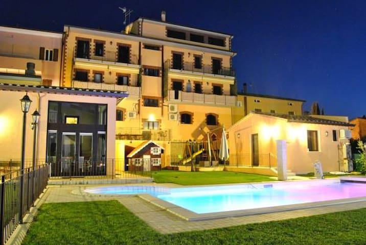 Appartamento Mulino di Brufa fra Assisi e Perugia - Brufa - Leilighet