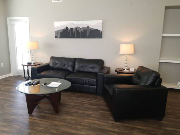 Beautiful Furnished Monthly Apt in Superior!