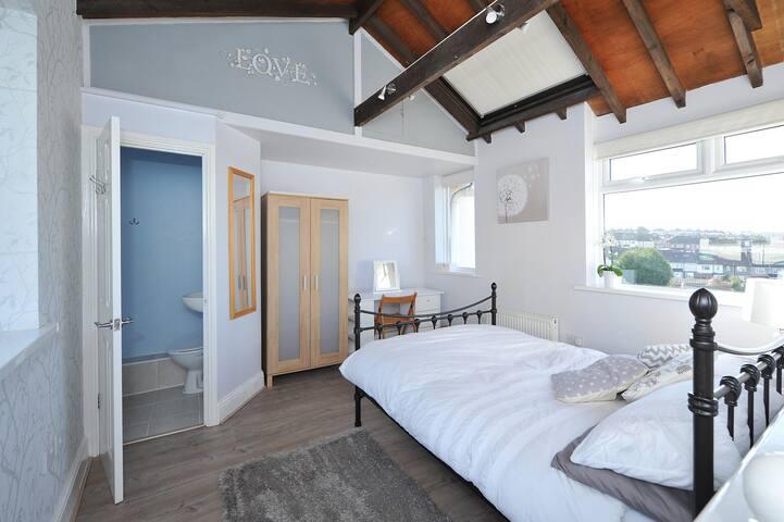 Cosy self-contained ensuite studio rooms - Bristol - Rumah