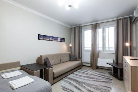 Апартаменты «КРОКУС-СИТИ» - Krasnogorsk - Daire
