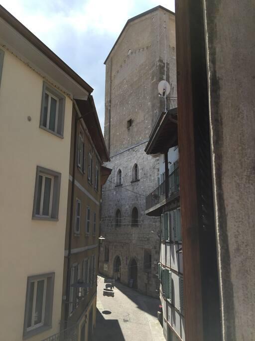 La vista sulla torre civica