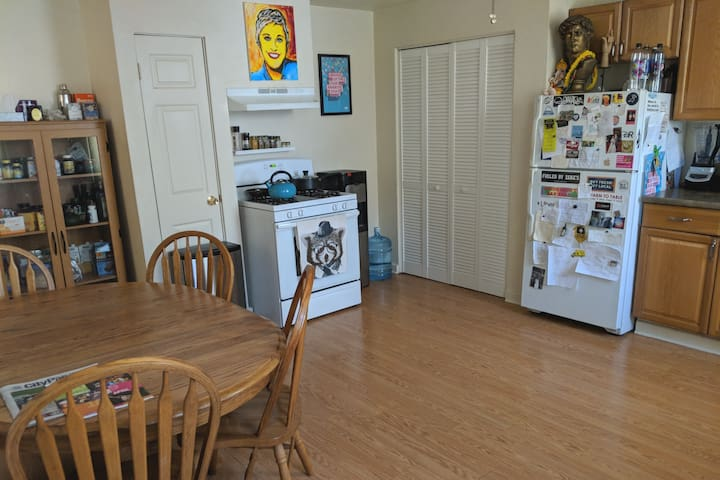 Use our shared kitchen. Filtered water is located next to the oven.