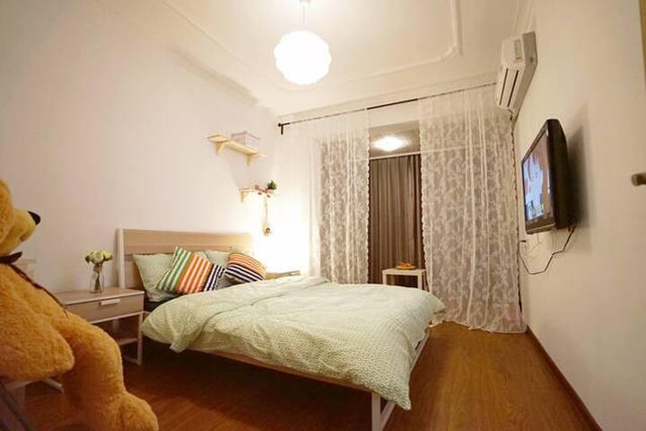 毗邻西湖 河坊街 浙一浙二市三的超实惠三居房 - Hangzhou Shi - Casa