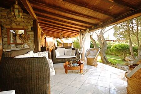 Elegant Villa at  walking distance to the beach - Porto Rotondo