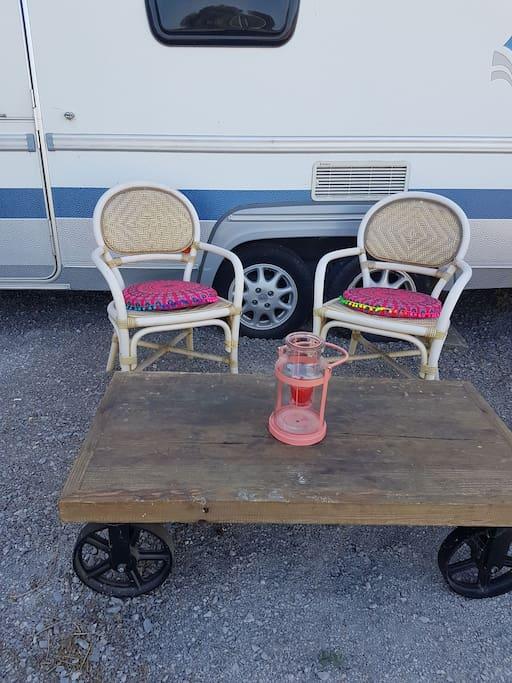 La caravane en mode gipsy camping cars caravanes - Location camping car salon de provence ...