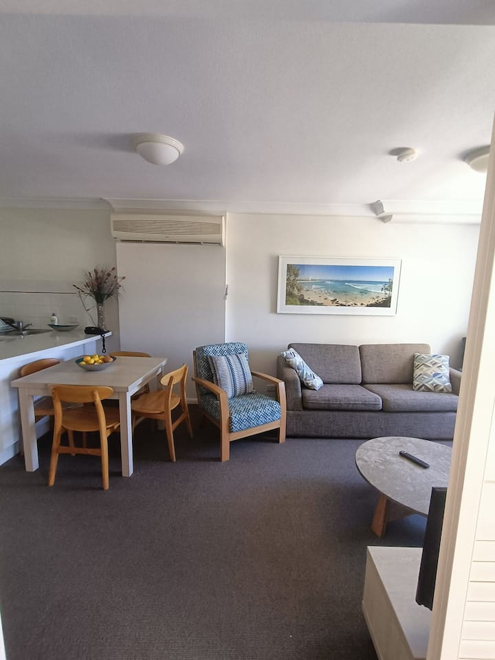 Coolangatta Central Retreat Calypso Plaza Resort