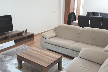 up to 7 person stay, luxury home-wifi, 7/24 secure