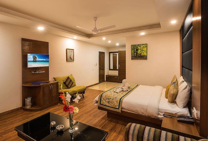 360 Degree Valley View Executive Room in Mussoorie