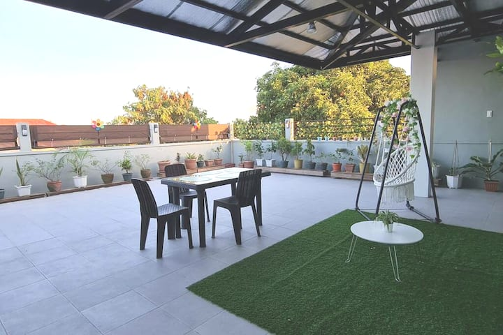 Rooftop Staycation Las Pinas