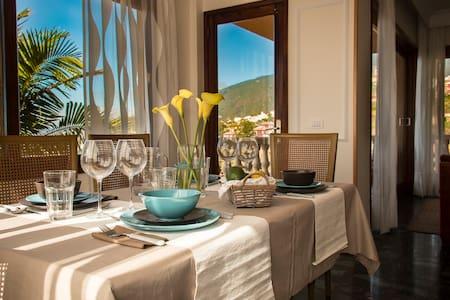 Incredible Villa in Orotava with gardens + WIFI 2 - Casa