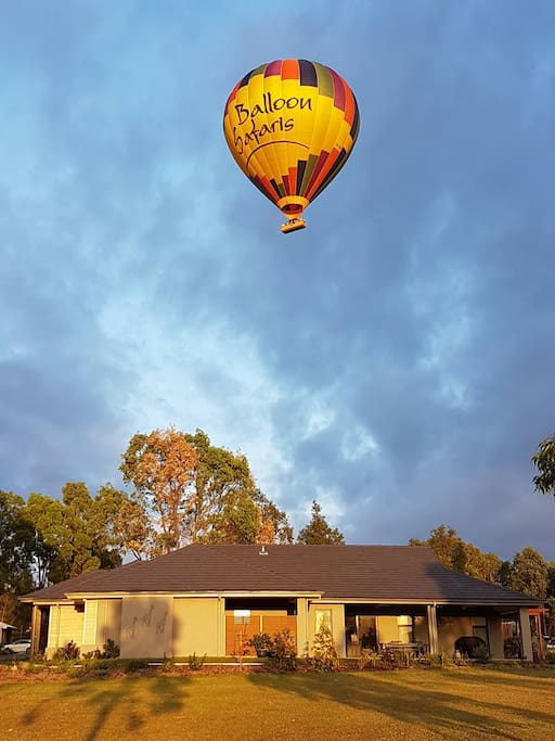 Hot Air Balloon Flying over the house :)