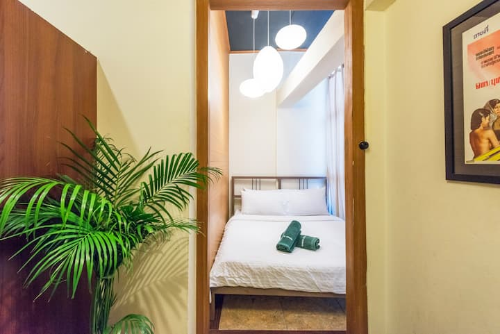Suneta Hostel Khaosan - Buddy private room