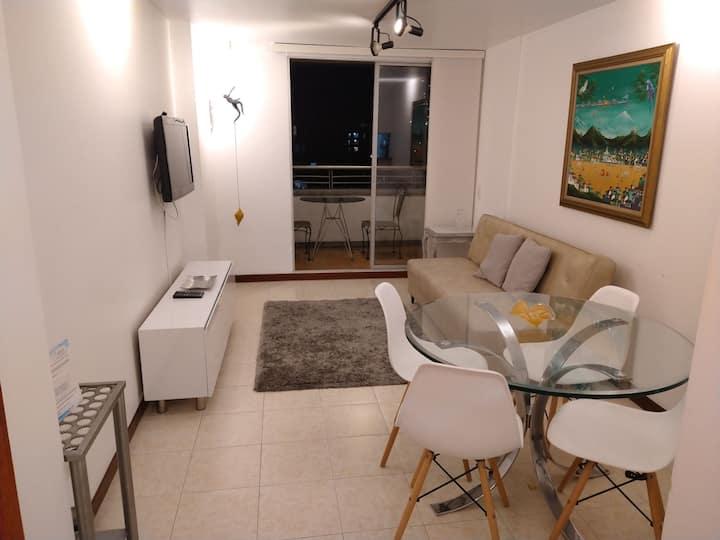 Poblado high floor, great view, 2Br Apartment
