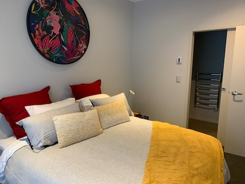 Spacious guest suite with bedroom and Ensuite