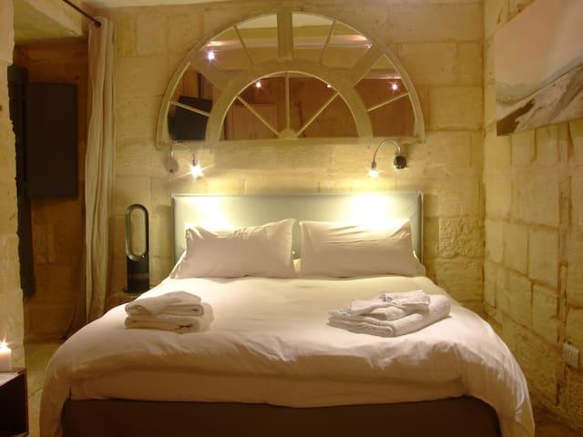 Cosy, Romantic, Getaway in Vittoriosa