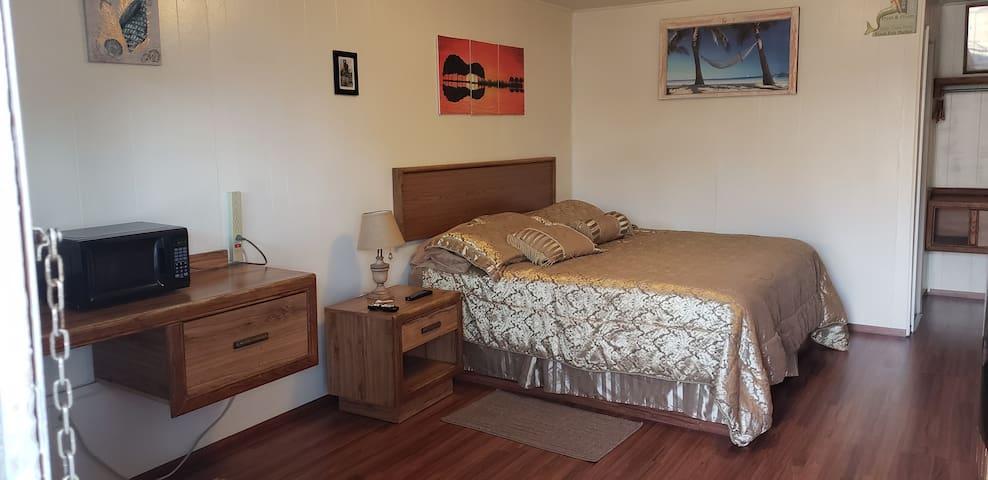 The Buzzards Nest Room 105