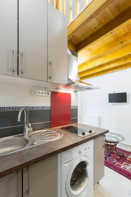 studio luxe paris la d fense maisons louer nanterre le de france france. Black Bedroom Furniture Sets. Home Design Ideas