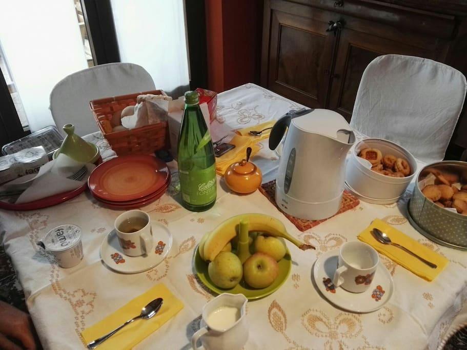 La prima colazione e altre squisitezze , freschezza e genuinità .