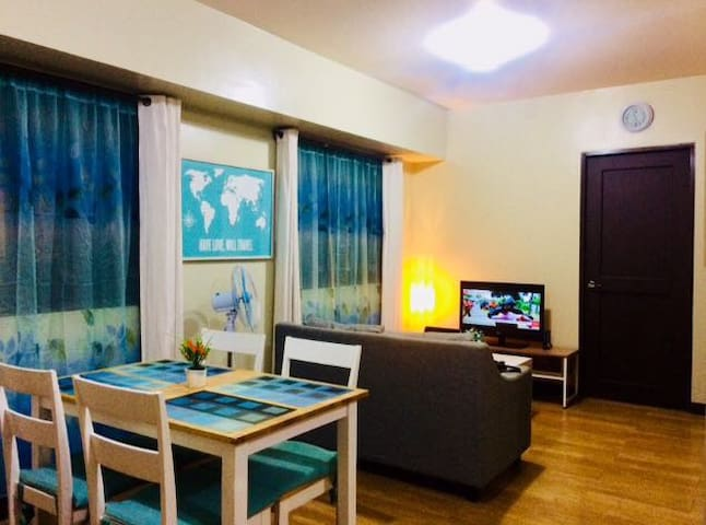 SUPERB AMENITIES 2BR NEAR AIRPORT/BGC/MCKINLEY/SM