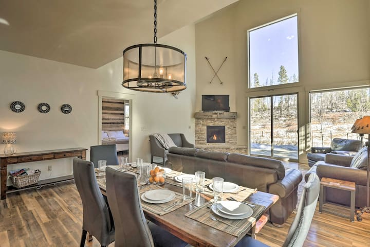 Modern Fraser Home 5Mi to Winter Park Resort!