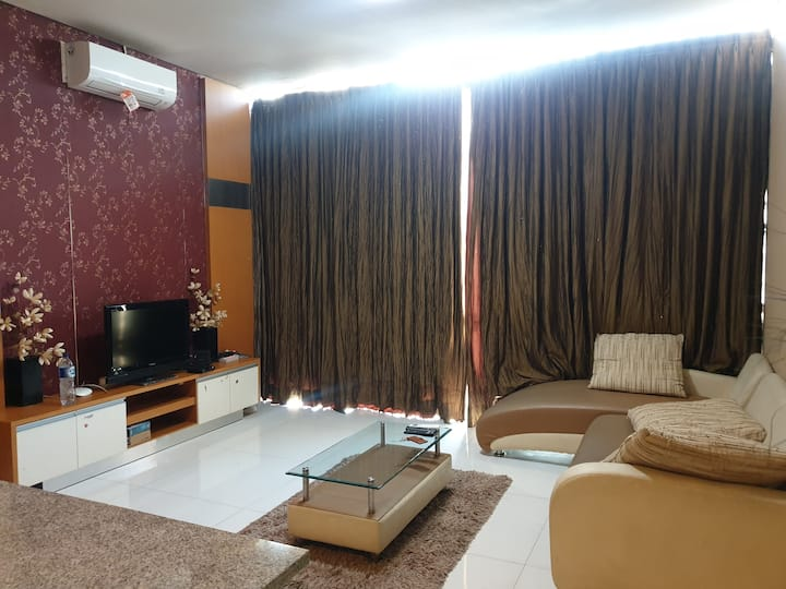 aryaduta apt 2 bedroom,above mall &near airport