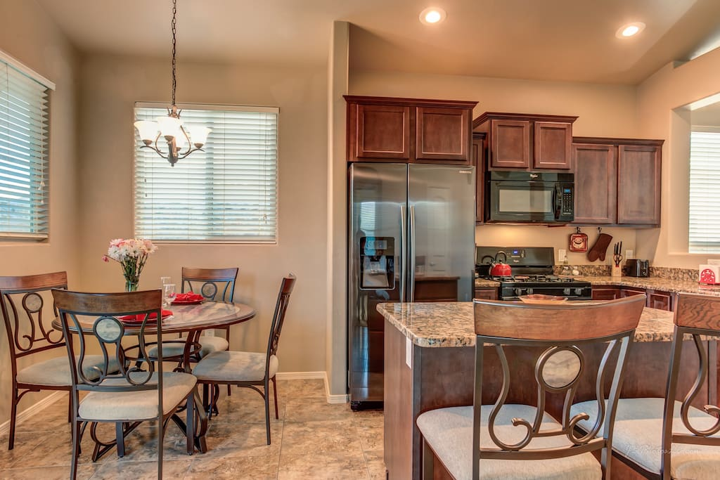 Lovely eat-in kitchen plus comfortable island seating.