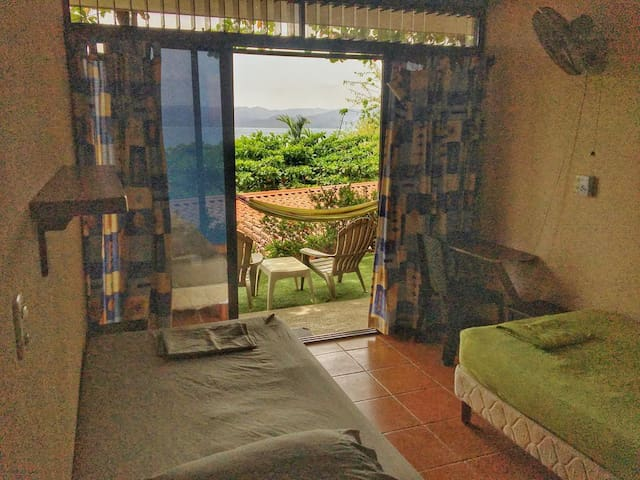 accommodation with private bathroom and view to the Bahia Salinas. It can be with 2 separate single beds or 1 double bed