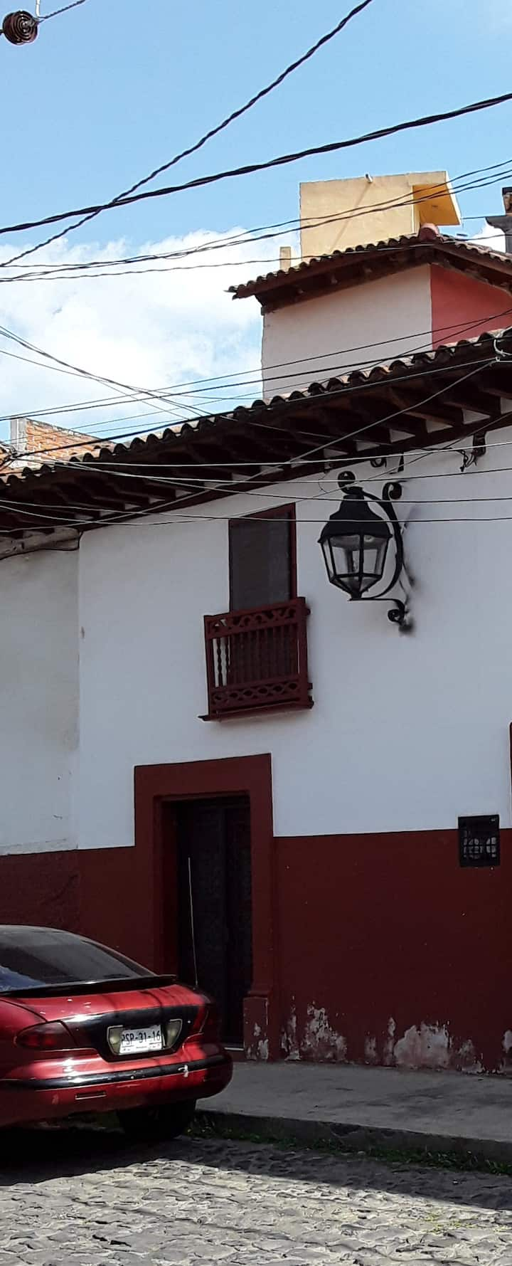 Calle Lloreda Casita