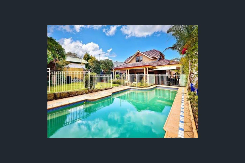 Backyard and Swimming pool