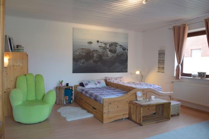 Lüneburg Randgebiet 1 Zimmer Wohnung & Terrasse