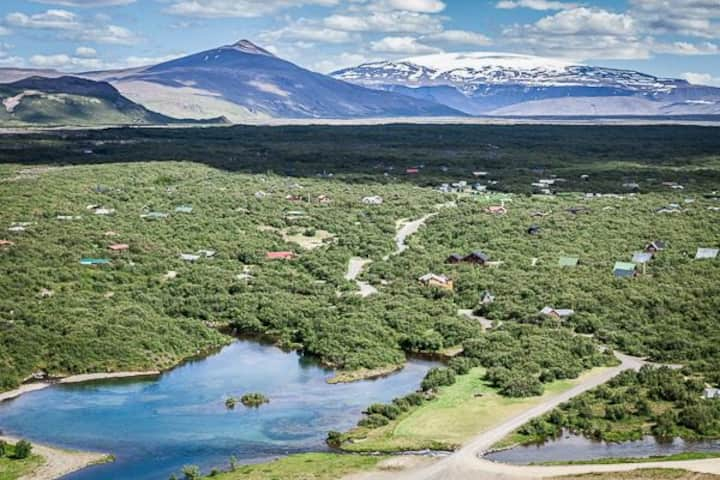 Enjoy the magic of Icelandic nature in our Hreiður